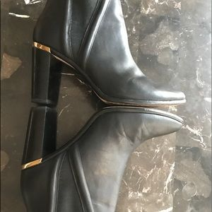 🔥$⬇️Ted Baker black leather ankle boots sz 9 1/2